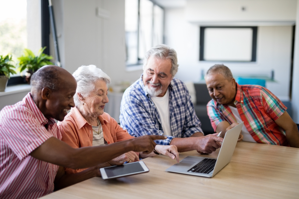 Live Comfortably: 5 Simple Ways Seniors Can Control Their Finances in Retirement 1